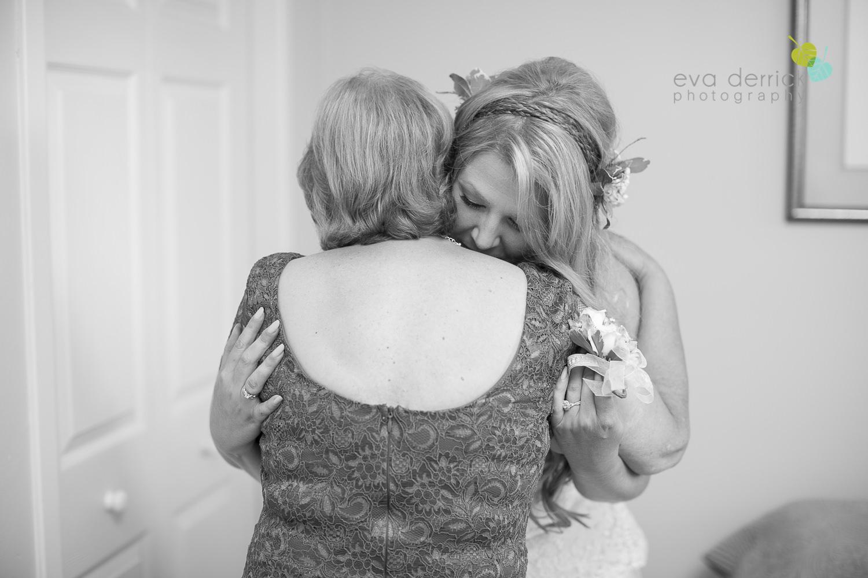 Burlington-Weddings-intimate-weddings-Blacktree-Restaurant-wedding-photo-by-eva-derrick-photography-013.JPG