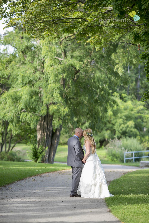 Burlington-Weddings-intimate-weddings-Blacktree-Restaurant-wedding-photo-by-eva-derrick-photography-029.JPG