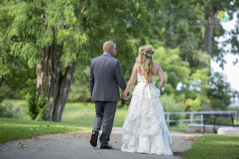 Burlington-Weddings-intimate-weddings-Blacktree-Restaurant-wedding-photo-by-eva-derrick-photography-030.JPG