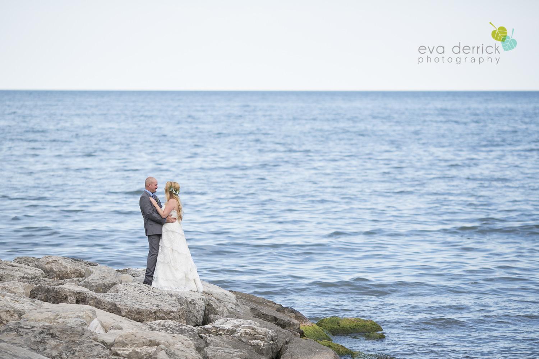 Burlington-Weddings-intimate-weddings-Blacktree-Restaurant-wedding-photo-by-eva-derrick-photography-032.JPG