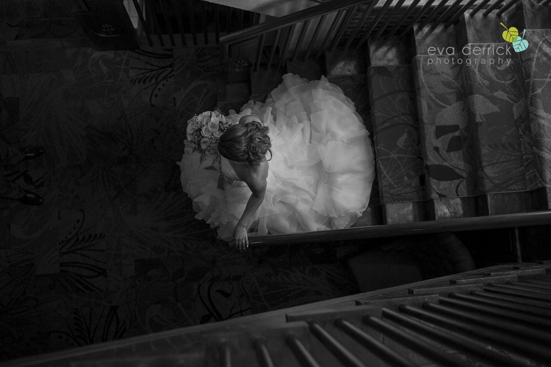 Pillar-and-Post-Weddings-Niagara-on-the-Lake-Vintage-Hotels-wedding-photo-by-eva-derrick-photography-033.JPG