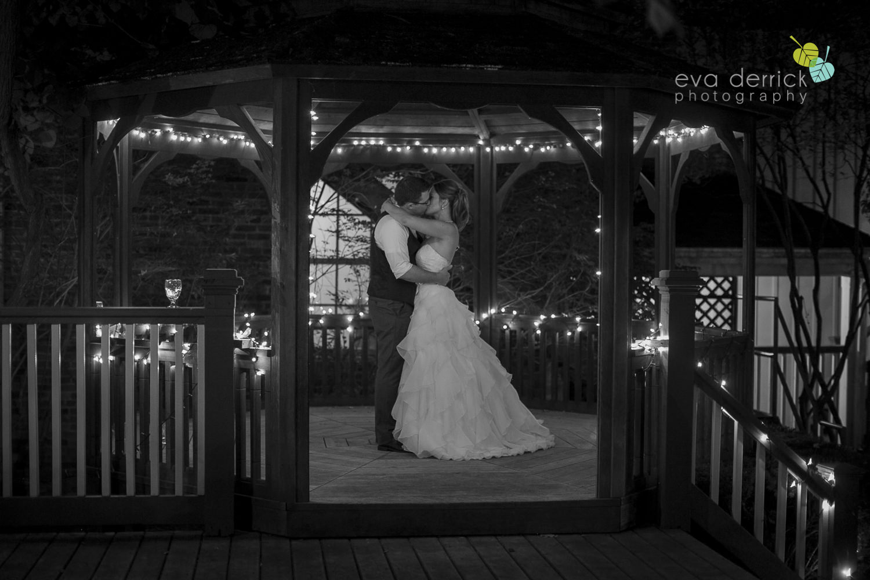 Pillar-and-Post-Weddings-Niagara-on-the-Lake-Vintage-Hotels-wedding-photo-by-eva-derrick-photography-042.JPG
