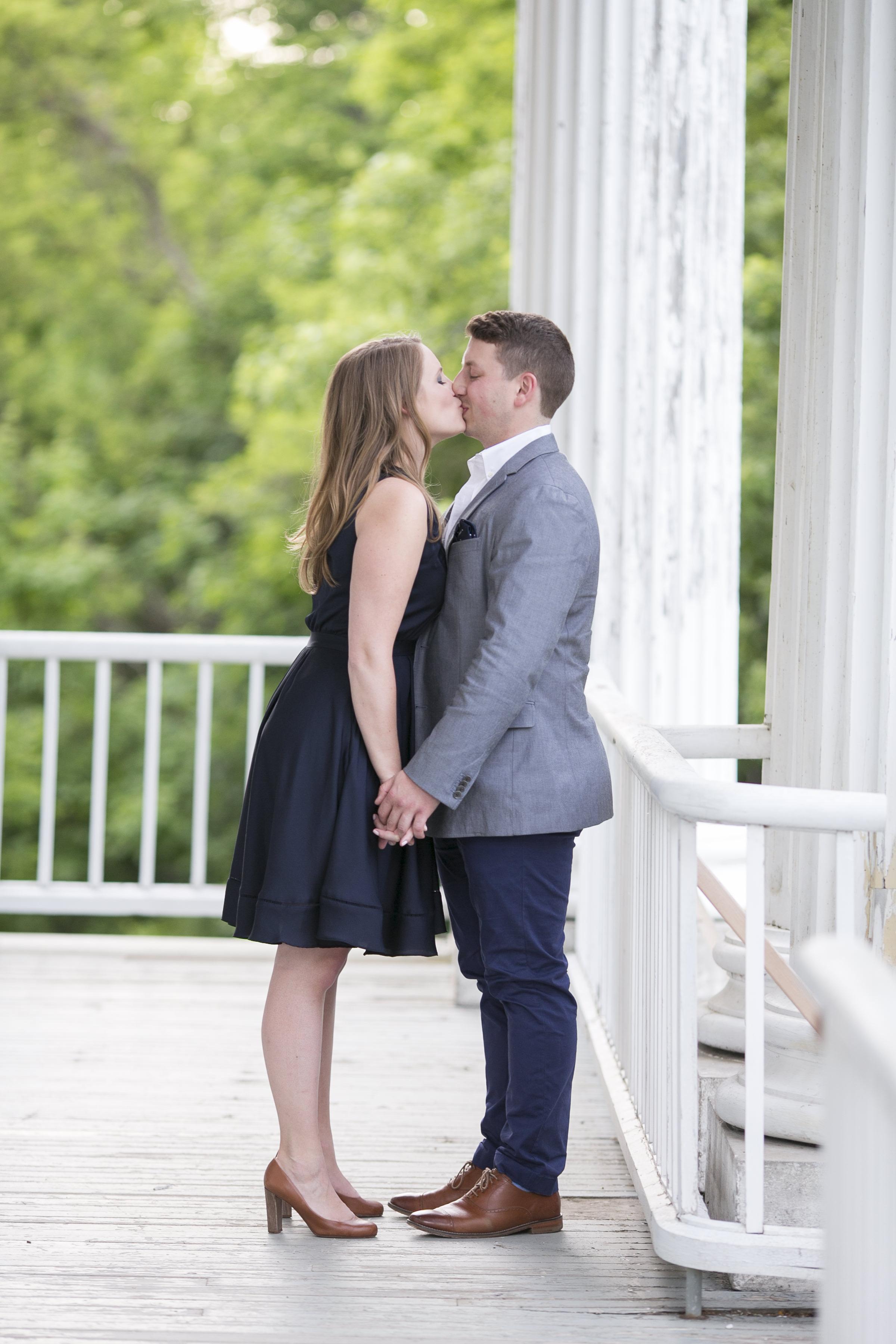 Niagara-on-the-Lake-Summer-Engagement-photos-by-Philosophy-Studios012.JPG