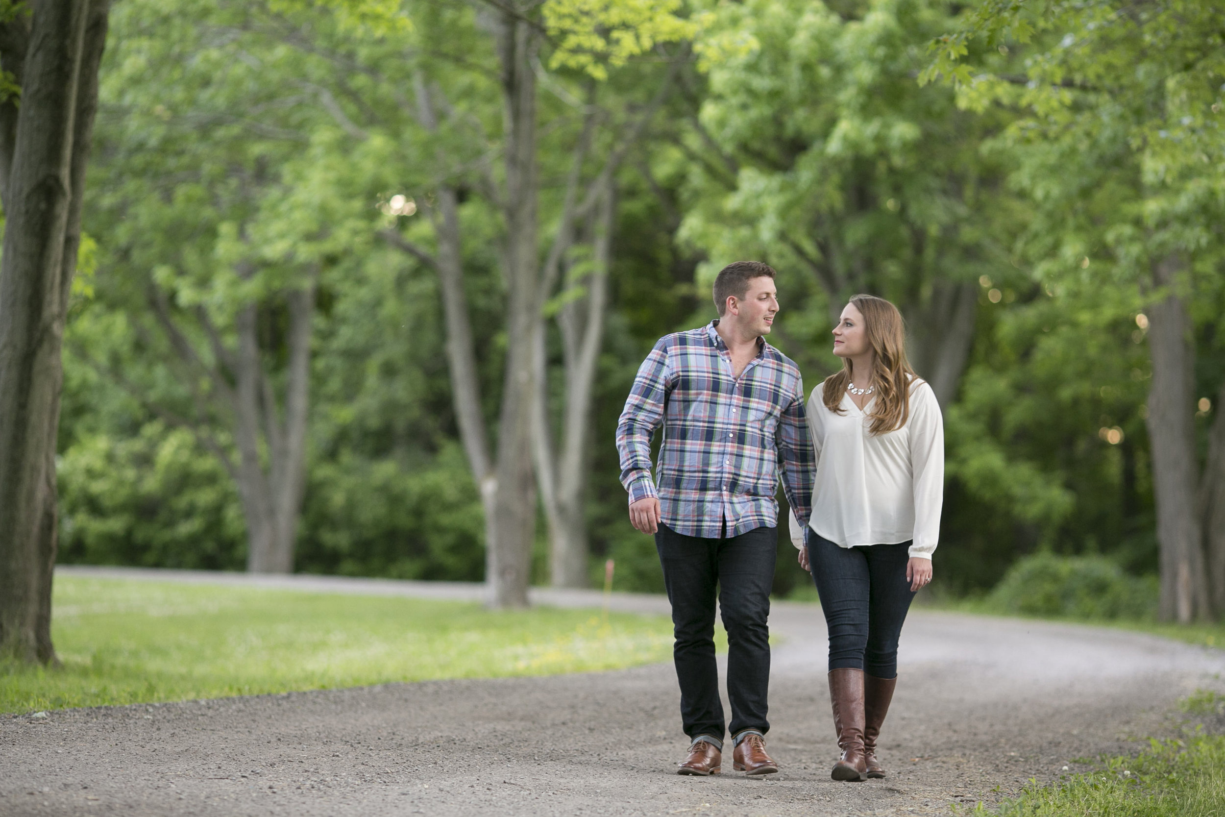 Niagara-on-the-Lake-Summer-Engagement-photos-by-Philosophy-Studios017.JPG