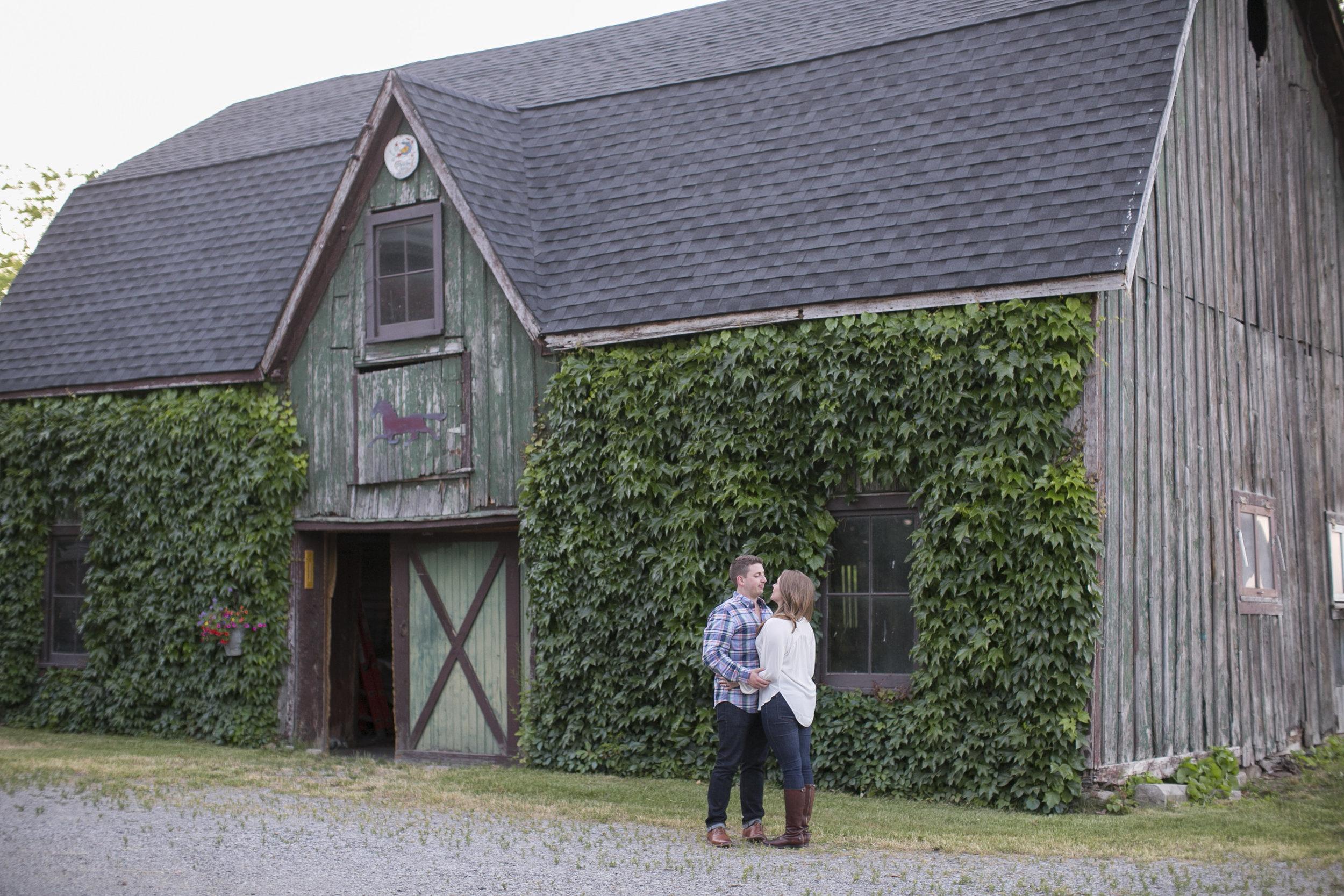 Niagara-on-the-Lake-Summer-Engagement-photos-by-Philosophy-Studios018.JPG