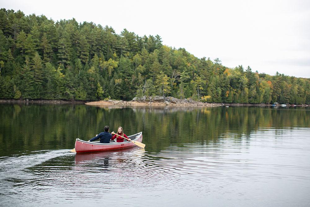 Canoe-engagement-session-Minden-forest-photo-by-philosophy-studios-eva-derrick-photography-008.jpg