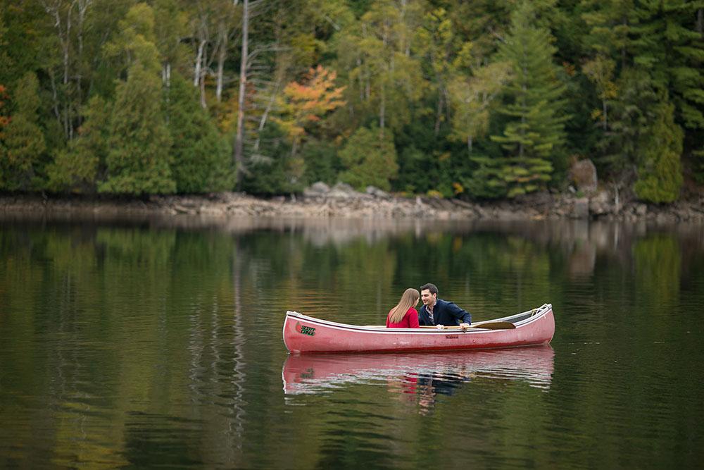 Canoe-engagement-session-Minden-forest-photo-by-philosophy-studios-eva-derrick-photography-010.jpg