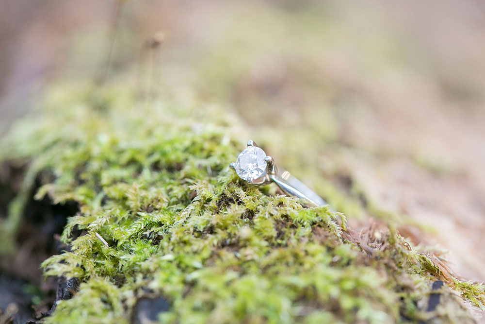 Albion-Hills-Conservation-Park-engagement-session-caledon-photo-by-philosophy-studios-eva-derrick-photography-004.jpg