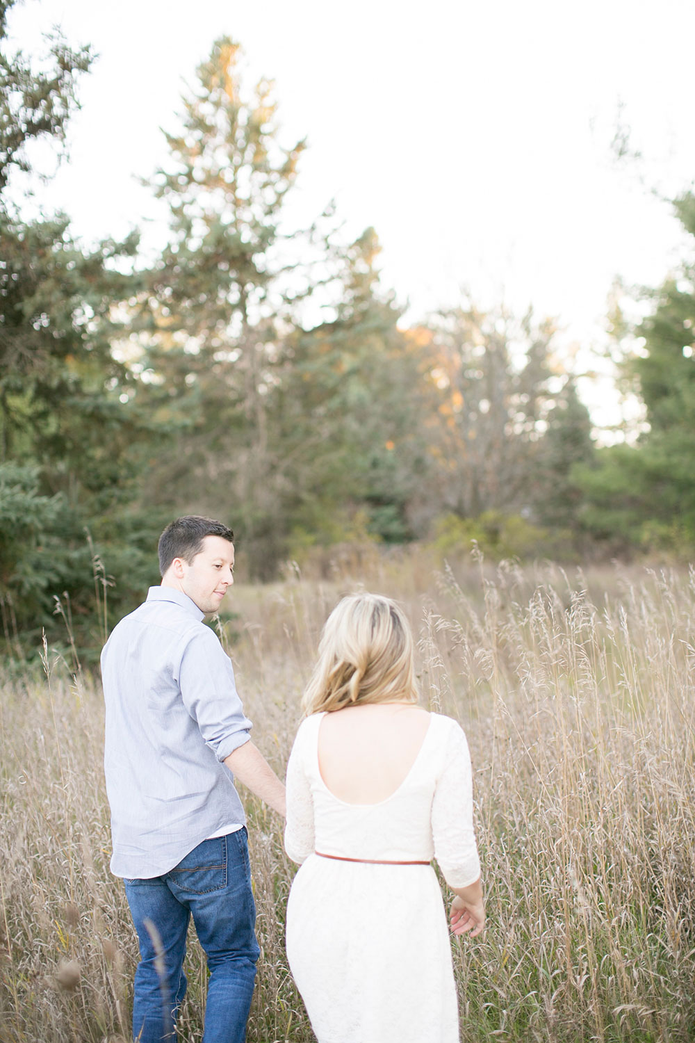 Albion-Hills-Conservation-Park-engagement-session-caledon-photo-by-philosophy-studios-eva-derrick-photography-014.jpg