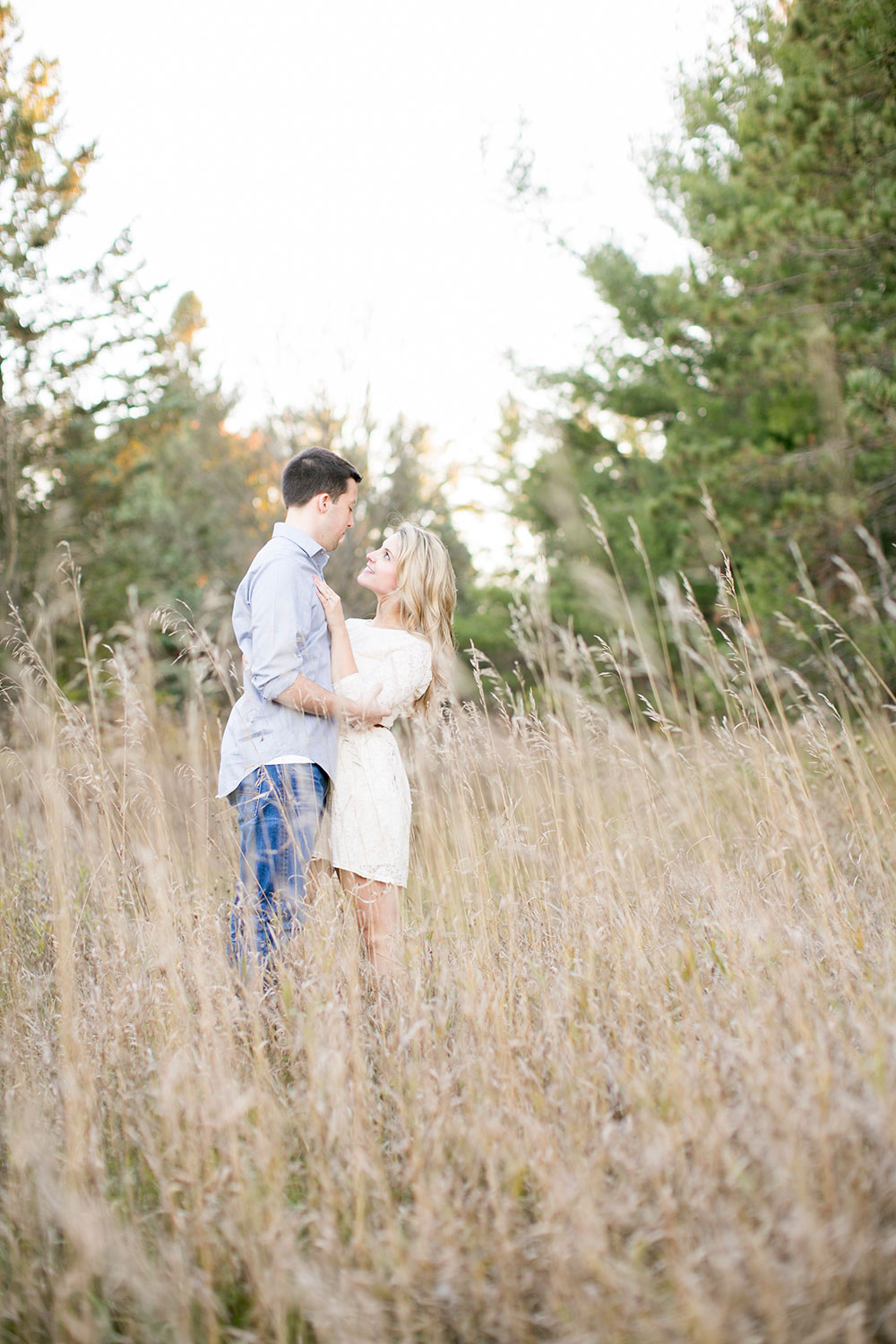 Albion-Hills-Conservation-Park-engagement-session-caledon-photo-by-philosophy-studios-eva-derrick-photography-015.jpg