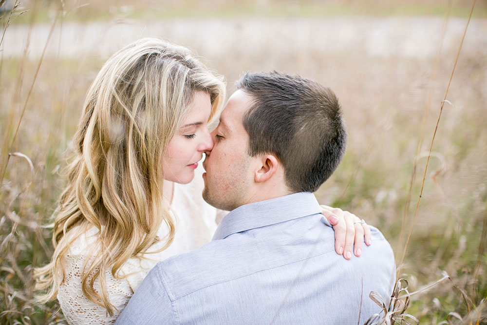 Albion-Hills-Conservation-Park-engagement-session-caledon-photo-by-philosophy-studios-eva-derrick-photography-019.jpg