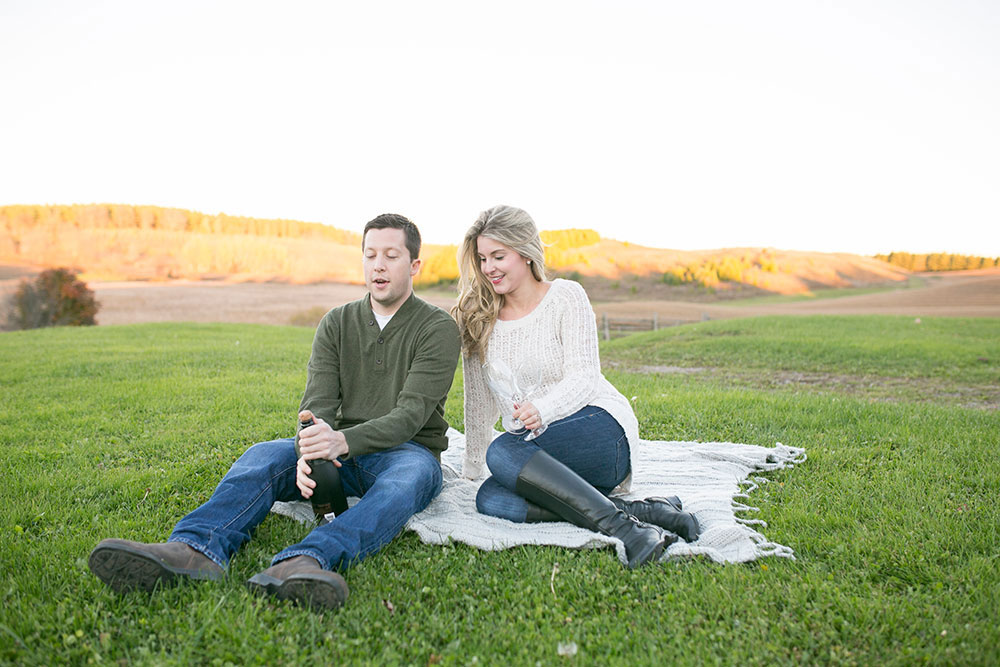 Albion-Hills-Conservation-Park-engagement-session-caledon-photo-by-philosophy-studios-eva-derrick-photography-020.jpg