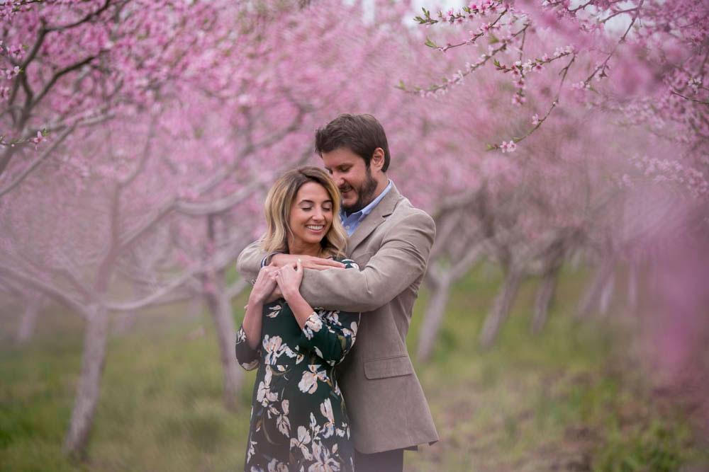Cherry-blossom-engagement-session-niagara-on-the-lake-spring-photo-by-philosophy-studios-eva-derrick-photography-016.jpg