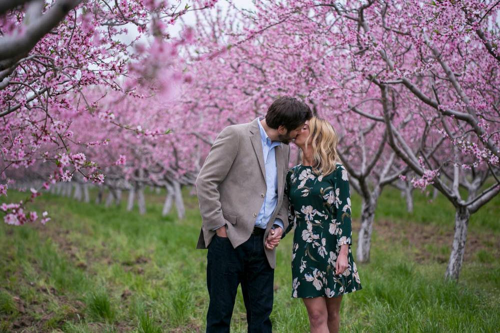 Cherry-blossom-engagement-session-niagara-on-the-lake-spring-photo-by-philosophy-studios-eva-derrick-photography-023.jpg