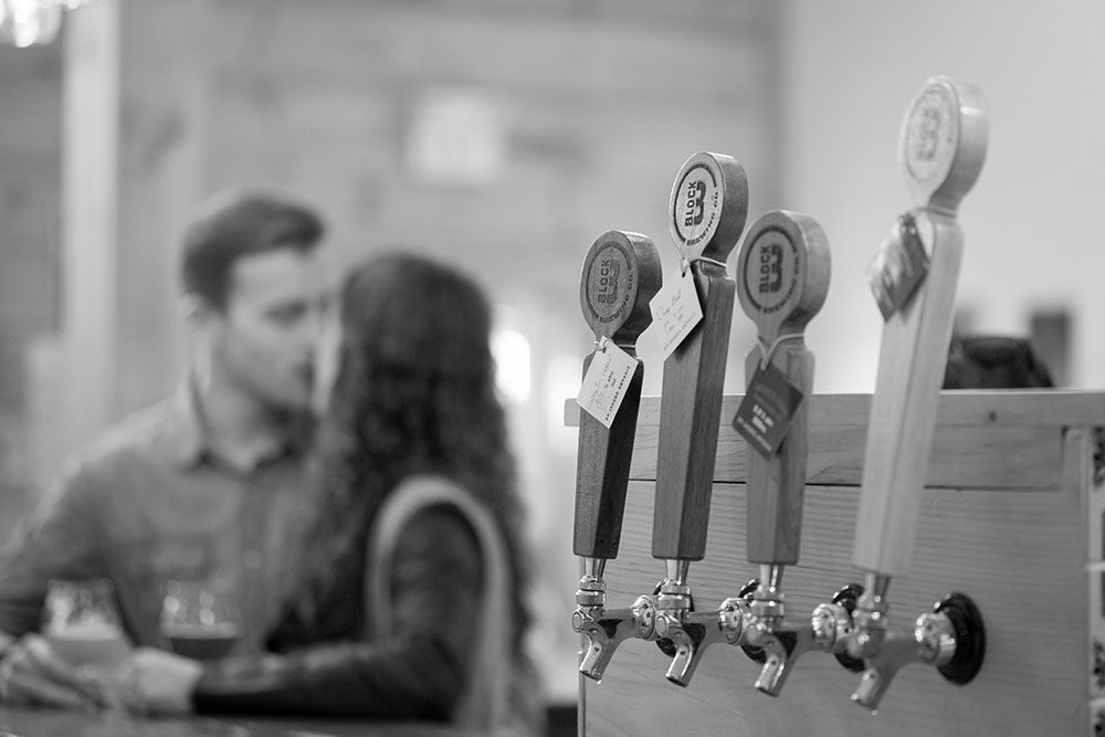 Block-3-Brewery-unique-engagement-session-st-jacobs-photo-by-philosophy-studios-eva-derrick-photography-0009.jpg