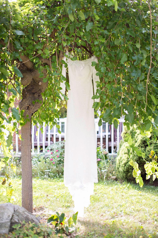 Hernder-Estate-Wines-wedding-Niagara-wedding-photographers-Philosophy-Studios-Eva-Derrick-Photography-0002.JPG