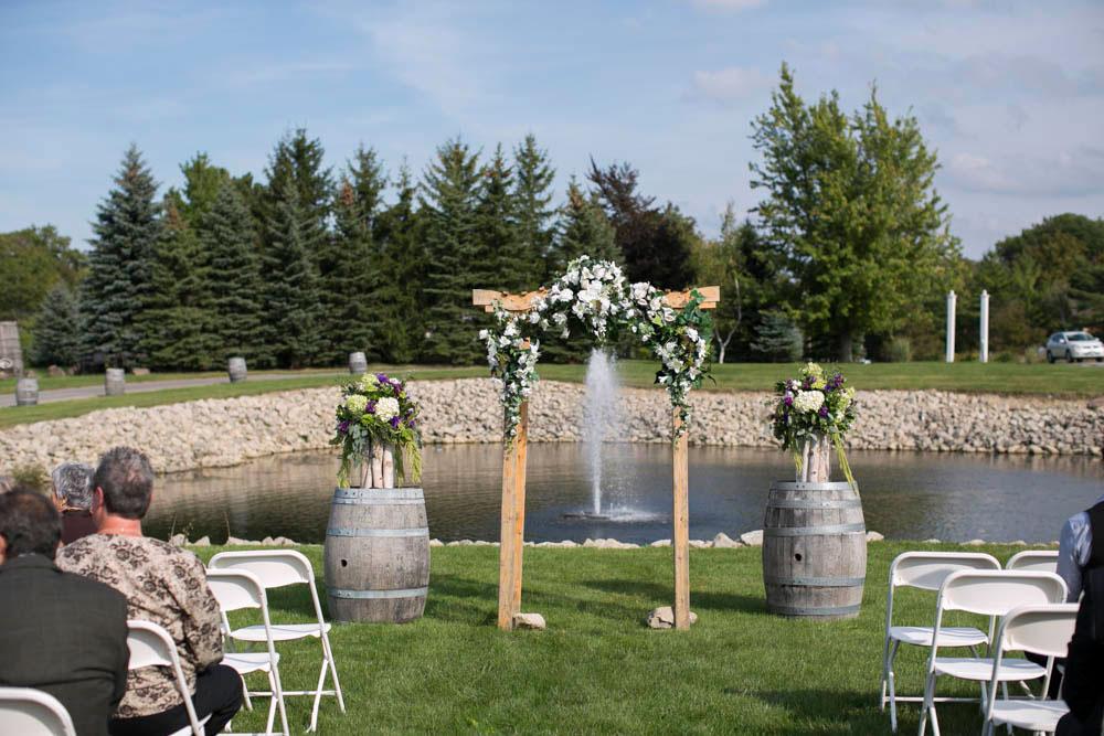 Hernder-Estate-Wines-wedding-Niagara-wedding-photographers-Philosophy-Studios-Eva-Derrick-Photography-0009.JPG