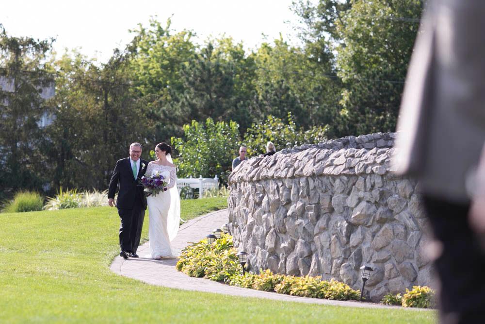 Hernder-Estate-Wines-wedding-Niagara-wedding-photographers-Philosophy-Studios-Eva-Derrick-Photography-0010.JPG