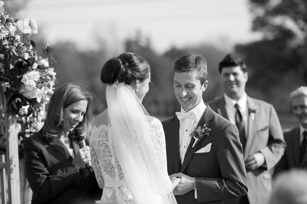 Hernder-Estate-Wines-wedding-Niagara-wedding-photographers-Philosophy-Studios-Eva-Derrick-Photography-0013.JPG