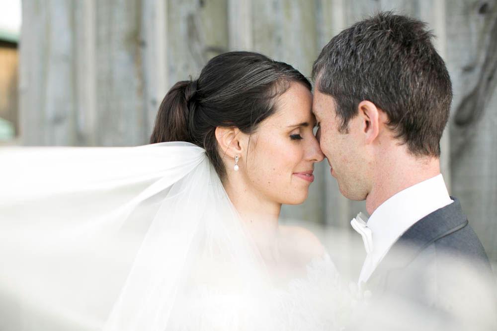 Hernder-Estate-Wines-wedding-Niagara-wedding-photographers-Philosophy-Studios-Eva-Derrick-Photography-0019.JPG