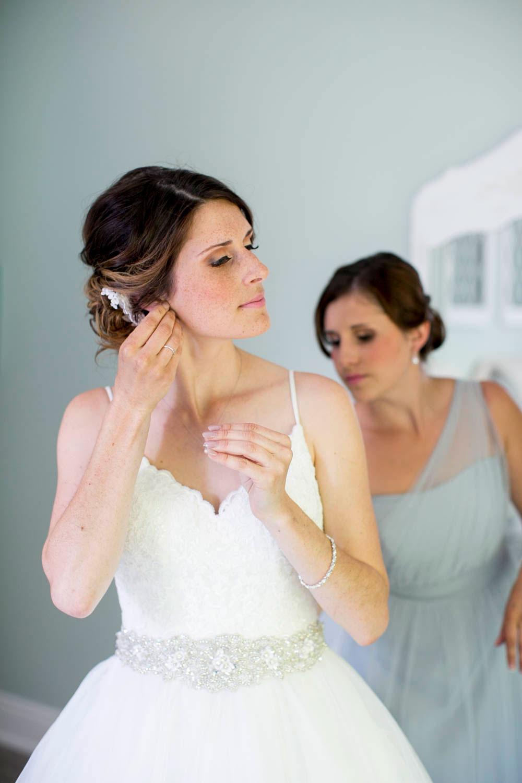 Beamer-Falls-Manor-wedding-Grimsby-wedding-photographers-Philosophy-Studios-Eva-Derrick-Photography-0008.JPG