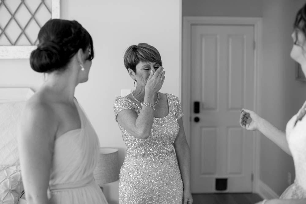 Beamer-Falls-Manor-wedding-Grimsby-wedding-photographers-Philosophy-Studios-Eva-Derrick-Photography-0009.JPG