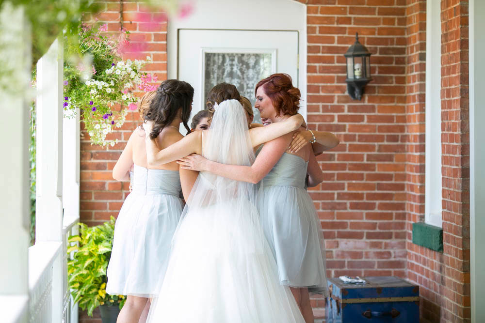 Beamer-Falls-Manor-wedding-Grimsby-wedding-photographers-Philosophy-Studios-Eva-Derrick-Photography-0014.JPG