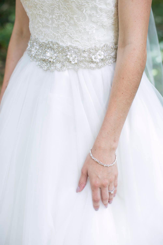 Beamer-Falls-Manor-wedding-Grimsby-wedding-photographers-Philosophy-Studios-Eva-Derrick-Photography-0015.JPG