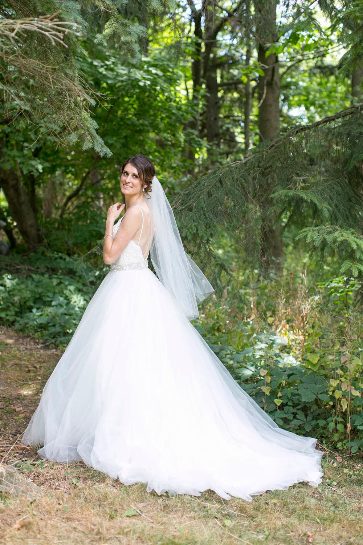 Beamer-Falls-Manor-wedding-Grimsby-wedding-photographers-Philosophy-Studios-Eva-Derrick-Photography-0018.JPG