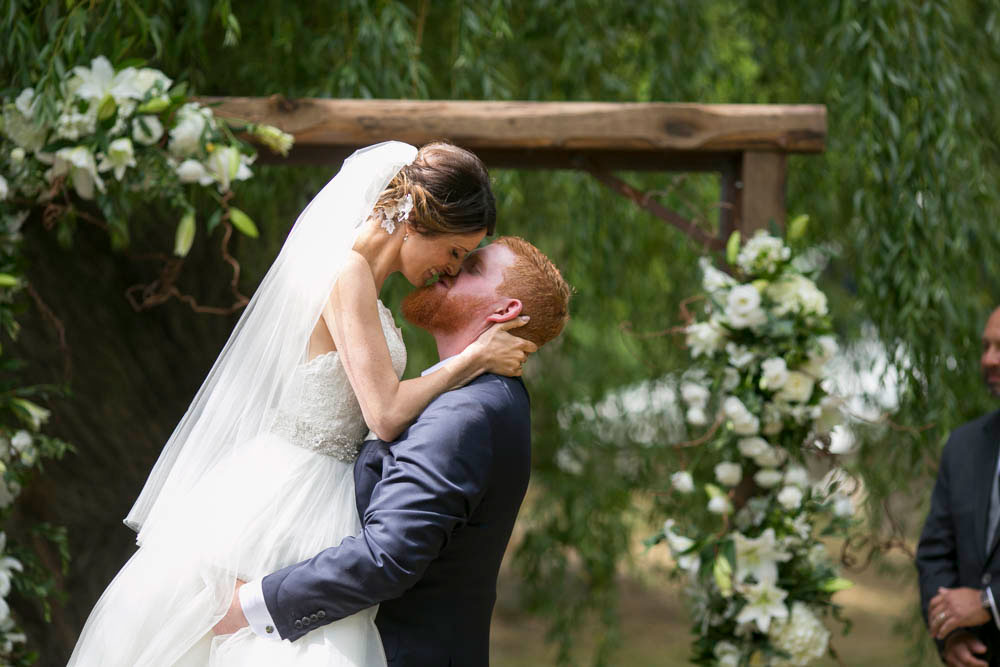 Beamer-Falls-Manor-wedding-Grimsby-wedding-photographers-Philosophy-Studios-Eva-Derrick-Photography-0026.JPG
