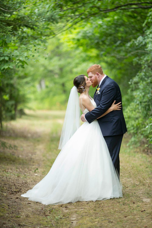 Beamer-Falls-Manor-wedding-Grimsby-wedding-photographers-Philosophy-Studios-Eva-Derrick-Photography-0030.JPG