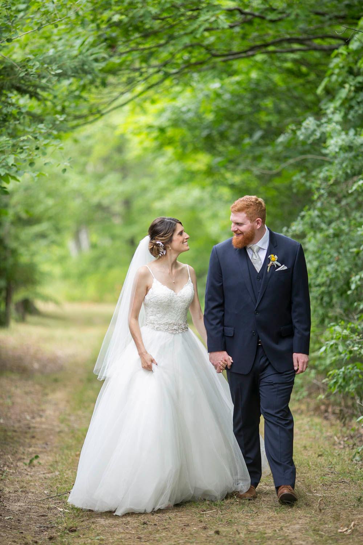 Beamer-Falls-Manor-wedding-Grimsby-wedding-photographers-Philosophy-Studios-Eva-Derrick-Photography-0032.JPG