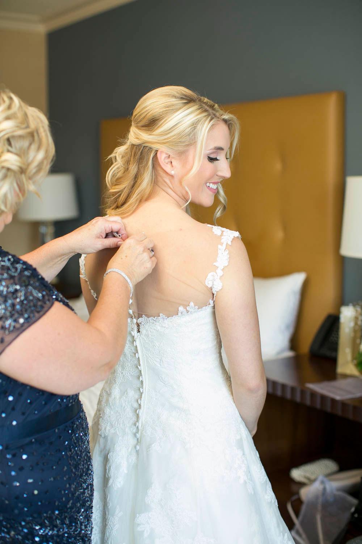 Queens-Landing-wedding-Vintage-Hotels-wedding-Niagara-on-the-Lake-wedding-photographers-Philosophy-Studios-Eva-Derrick-Photography-0006.JPG