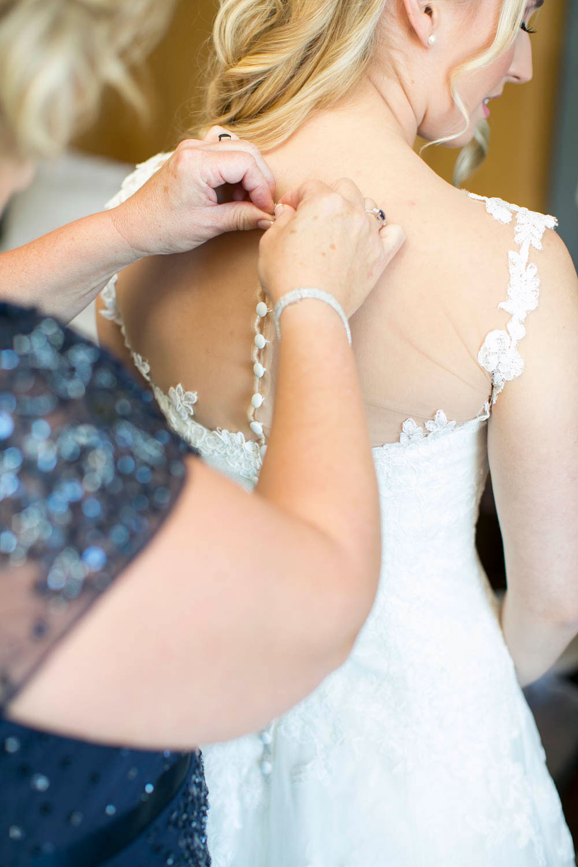 Queens-Landing-wedding-Vintage-Hotels-wedding-Niagara-on-the-Lake-wedding-photographers-Philosophy-Studios-Eva-Derrick-Photography-0007.JPG