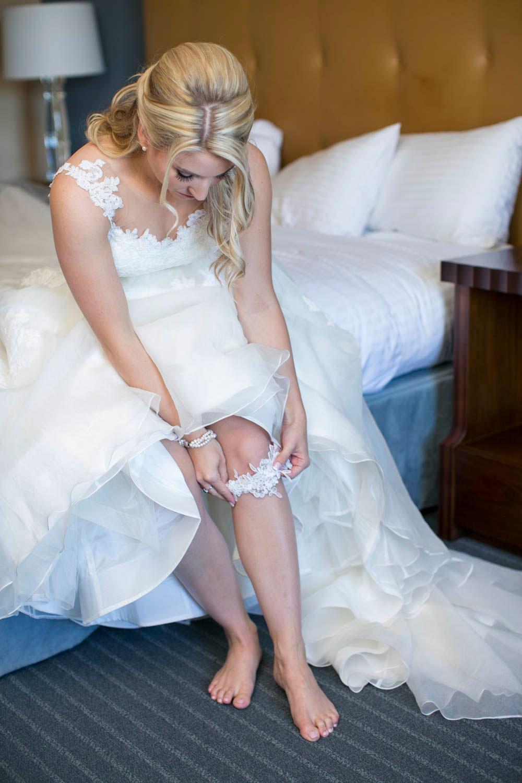 Queens-Landing-wedding-Vintage-Hotels-wedding-Niagara-on-the-Lake-wedding-photographers-Philosophy-Studios-Eva-Derrick-Photography-0008.JPG