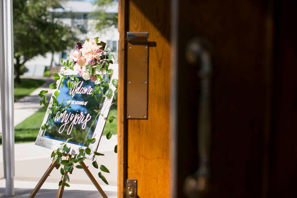 Queens-Landing-wedding-Vintage-Hotels-wedding-Niagara-on-the-Lake-wedding-photographers-Philosophy-Studios-Eva-Derrick-Photography-0009.JPG