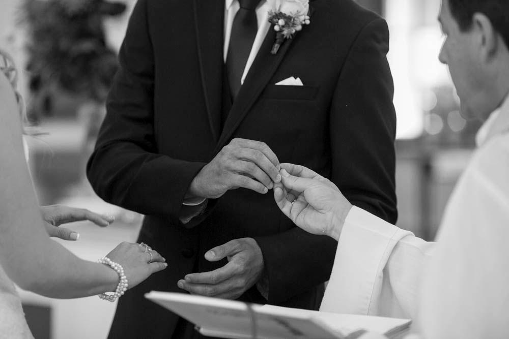 Queens-Landing-wedding-Vintage-Hotels-wedding-Niagara-on-the-Lake-wedding-photographers-Philosophy-Studios-Eva-Derrick-Photography-0018.JPG