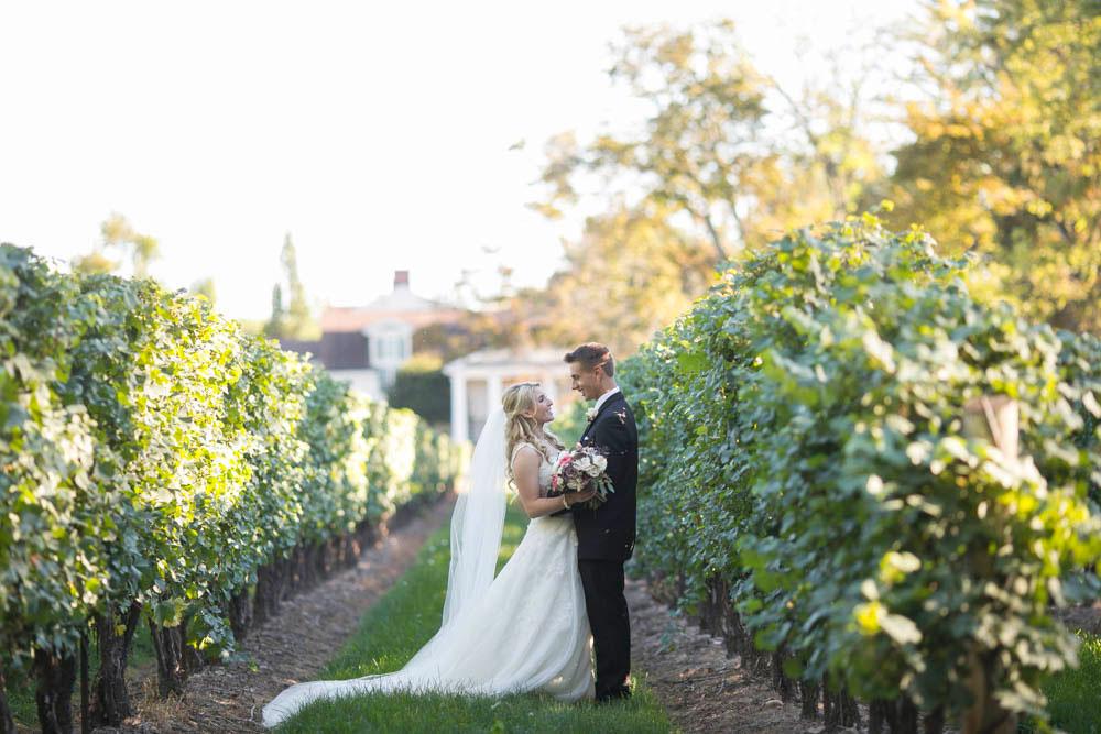 Queens-Landing-wedding-Vintage-Hotels-wedding-Niagara-on-the-Lake-wedding-photographers-Philosophy-Studios-Eva-Derrick-Photography-0035.JPG