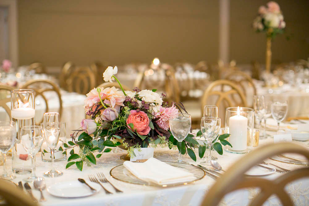 Queens-Landing-wedding-Vintage-Hotels-wedding-Niagara-on-the-Lake-wedding-photographers-Philosophy-Studios-Eva-Derrick-Photography-0039.JPG