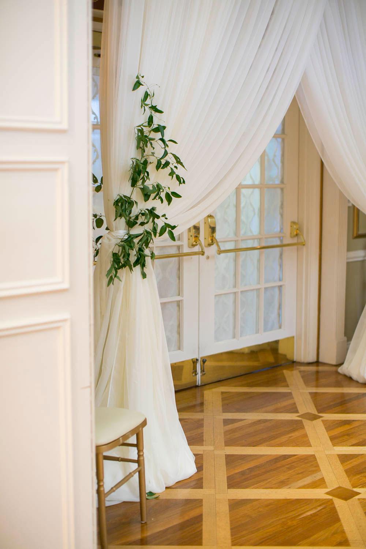 Queens-Landing-wedding-Vintage-Hotels-wedding-Niagara-on-the-Lake-wedding-photographers-Philosophy-Studios-Eva-Derrick-Photography-0042.JPG