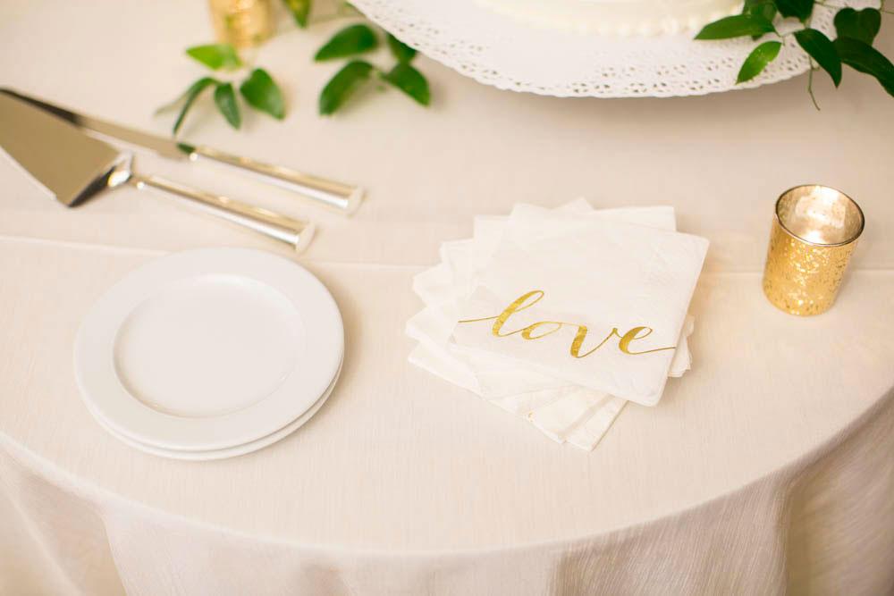 Queens-Landing-wedding-Vintage-Hotels-wedding-Niagara-on-the-Lake-wedding-photographers-Philosophy-Studios-Eva-Derrick-Photography-0043.JPG