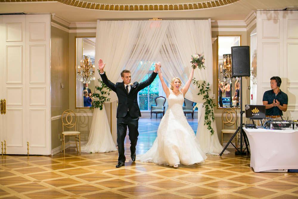 Queens-Landing-wedding-Vintage-Hotels-wedding-Niagara-on-the-Lake-wedding-photographers-Philosophy-Studios-Eva-Derrick-Photography-0047.JPG