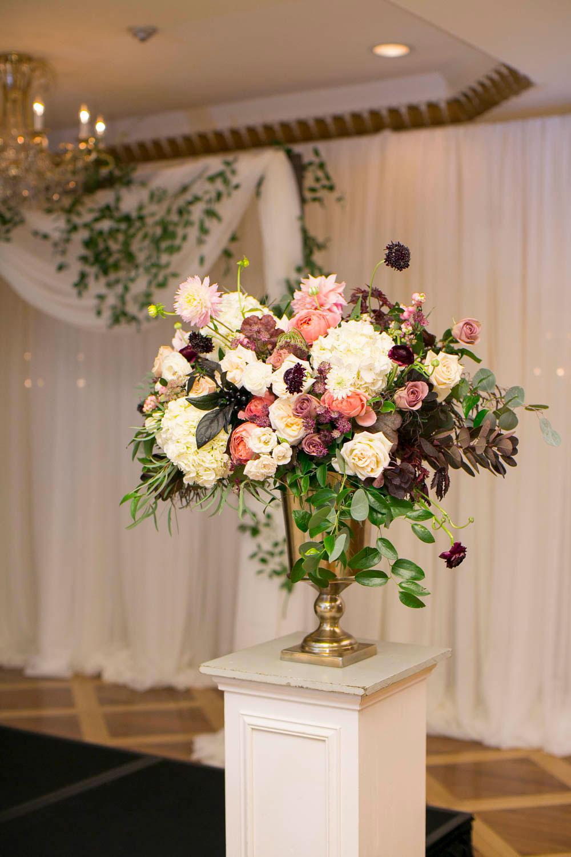 Queens-Landing-wedding-Vintage-Hotels-wedding-Niagara-on-the-Lake-wedding-photographers-Philosophy-Studios-Eva-Derrick-Photography-0046.JPG