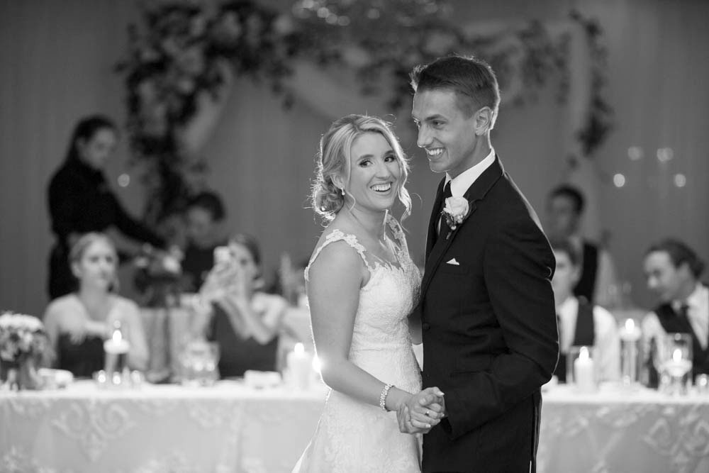 Queens-Landing-wedding-Vintage-Hotels-wedding-Niagara-on-the-Lake-wedding-photographers-Philosophy-Studios-Eva-Derrick-Photography-0048.JPG