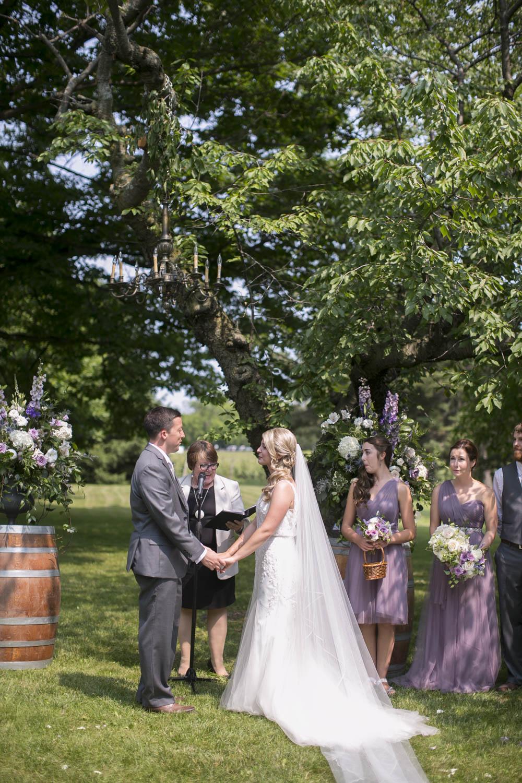 Kurtz-Orchards-wedding-Gracewood-Estate-Oast-House-Niagara-on-the-Lake-wedding-photographers-Philosophy-Studios-Eva-Derrick-Photography-0018.JPG