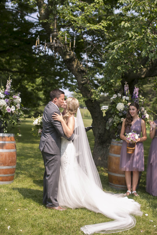 Kurtz-Orchards-wedding-Gracewood-Estate-Oast-House-Niagara-on-the-Lake-wedding-photographers-Philosophy-Studios-Eva-Derrick-Photography-0020.JPG