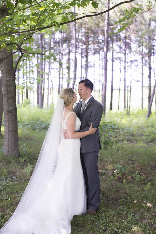 Kurtz-Orchards-wedding-Gracewood-Estate-Oast-House-Niagara-on-the-Lake-wedding-photographers-Philosophy-Studios-Eva-Derrick-Photography-0024.JPG