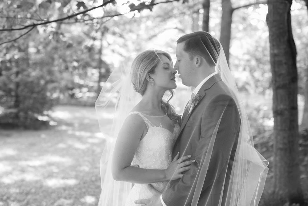 Kurtz-Orchards-wedding-Gracewood-Estate-Oast-House-Niagara-on-the-Lake-wedding-photographers-Philosophy-Studios-Eva-Derrick-Photography-0026.JPG