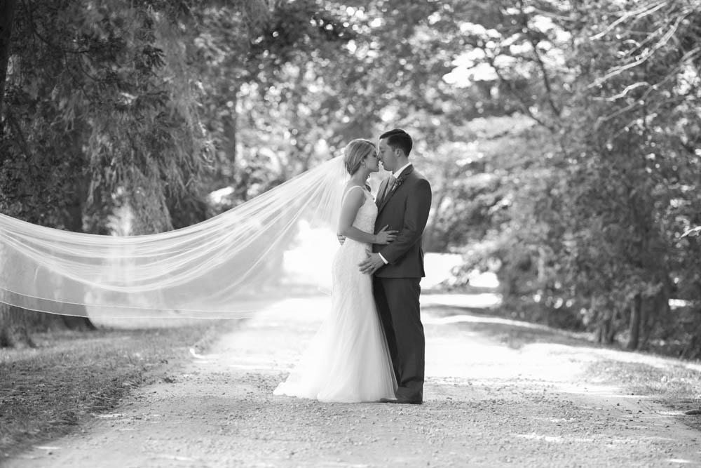 Kurtz-Orchards-wedding-Gracewood-Estate-Oast-House-Niagara-on-the-Lake-wedding-photographers-Philosophy-Studios-Eva-Derrick-Photography-0027.JPG