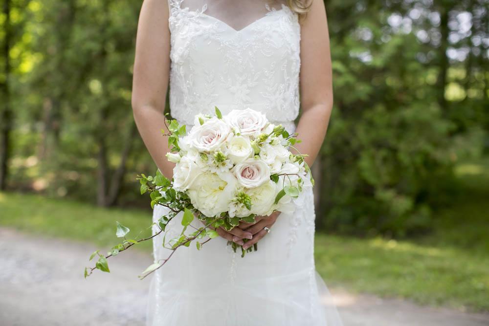 Kurtz-Orchards-wedding-Gracewood-Estate-Oast-House-Niagara-on-the-Lake-wedding-photographers-Philosophy-Studios-Eva-Derrick-Photography-0030.JPG